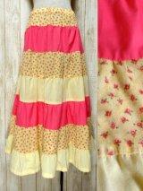 ☆ ヨーロッパ古着 小花柄切り替えパターン♪ガーリーなカラーリングにうっとり♪★ふんわりヴィンテージスカート イエロー×ピンク ☆