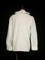 画像3: 大きめフリル襟がとってもキュート イタリア製 ヨーロッパ古着 ヴィンテージホワイトブラウス 【1326】 (3)