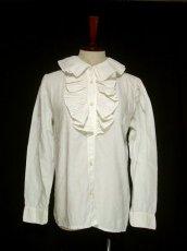 画像1: 大きめフリル襟がとってもキュート イタリア製 ヨーロッパ古着 ヴィンテージホワイトブラウス 【1326】 (1)