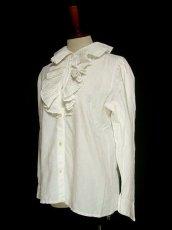 画像2: 大きめフリル襟がとってもキュート イタリア製 ヨーロッパ古着 ヴィンテージホワイトブラウス 【1326】 (2)