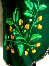 画像4: ☆ ヨーロッパ古着 見事な刺繍!!貴重な逸品☆ グリーンカラー♪フォークロア ヴィンテージベスト ☆ (4)