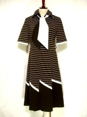 画像1: ヨーロッパヴィンテージ×シルエット×デザインが最高×1着で個性的に×タイ取り外しOK×レトロワンピース (1)