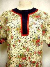画像5: ヨーロッパ古着×レトロガーリー×小花柄×サテンリボン装飾×ふんわり可愛いヴィンテージワンピース (5)