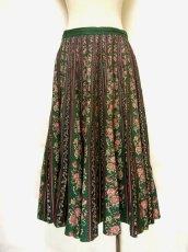 画像1: フォークロア×レトロフラワー シルエットがとっても綺麗 チロルスカート ドイツ民族衣装 舞台 演劇 演奏会 フォークダンス オクトーバーフェスト 【6641】 (1)