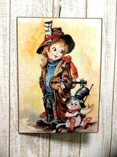 画像1: ☆ ヨーロッパヴィンテージ 木製 インテリアウォールアート 男の子×動物 ☆ (1)
