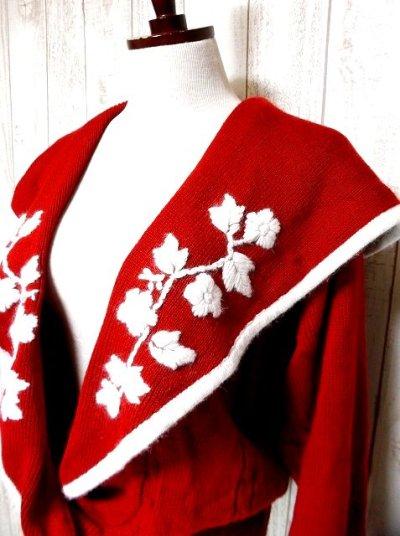 画像2: ☆ ヨーロッパ古着 セーラー襟×お花刺繍!!とびきりキュートなレトロガーリー チロルニットカーディガン ☆
