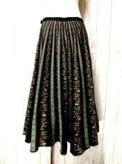 画像5: フォークロア×レトロフラワーシルエットが素晴らしく綺麗 チロルスカート ドイツ民族衣装 舞台 演劇 演奏会 フォークダンス オクトーバーフェスト 【2650】 (5)
