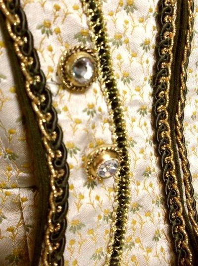 画像2: 上質の逸品 パーティースタイルにもおすすめ シャンパンゴールドカラー 大人クラシカル ディアンドル チロルワンピース ドイツ民族衣装 舞台 演奏会 フォークダンス オクトーバーフェスト 【2554】