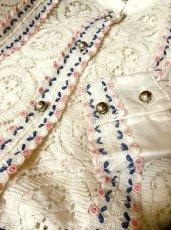 画像5: 贅沢なアンティークレース使いが素晴らしい ホワイト ディアンドル チロルブラウス ドイツ民族衣装 舞台 演奏会 フォークダンス オクトーバーフェスト【2768】 (5)