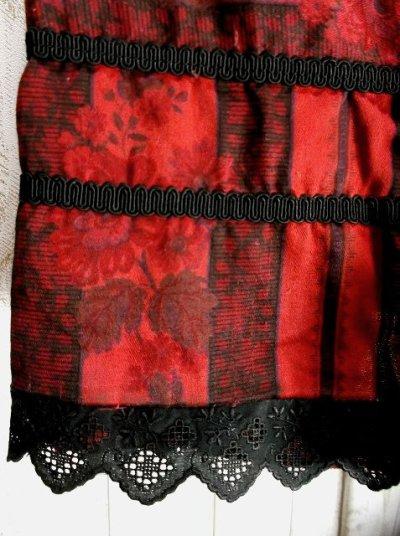 画像2: 大人クラシカル ストライプ×フラワー柄 チロルスカート ドイツ民族衣装 舞台 演劇 演奏会 フォークダンス オクトーバーフェスト 【2869】