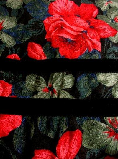 画像2: クラシカル×フラワー ベルベットリボン装飾 チロルスカート ドイツ民族衣装 舞台 演劇 演奏会 フォークダンス オクトーバーフェスト 【2867】