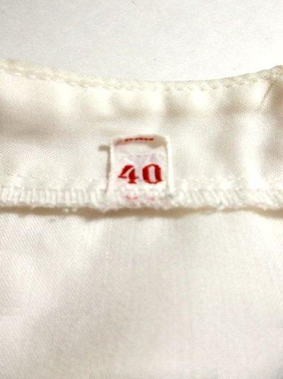 画像3: 刺繍×リボン装飾が可愛すぎる 大人の可愛さが沢山 めずらしいデザイン ヨーロッパ古着 ヴィンテージ長袖スモックブラウス【2969】
