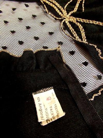 画像3: ヨーロッパ古着 ドット柄×goldリボン装飾〜♪首元・スカートフリルも素敵ー!!ふんわりスカートラインの大人クラシカルヴィンテージドレス 黒