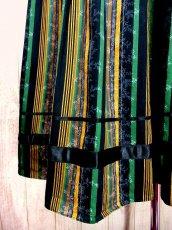 画像2: 小花柄×ストライプ柄プリント リボンテープ装飾 チロルスカート ドイツ民族衣装 舞台 演劇 演奏会 フォークダンス オクトーバーフェスト 【3145】 (2)