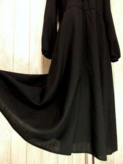 画像2: ヨーロッパ古着 胸元ドレープライン×レース装飾が素敵〜♪ふんわりスカートライン 大人クラシカルヴィンテージドレス 黒