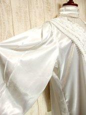 画像4: アンティークレース使い たっぷりボリューム袖 ホワイト ディアンドル チロルブラウス ドイツ民族衣装 舞台 演奏会 フォークダンス オクトーバーフェスト 【3217】 (4)