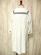 画像3: USA古着 レトロマリン×ガーリー♪大きな襟・マリンテイスト刺繍が可愛い!!胸元リボン結び。マリンルックスタイルワンピース ネイビー×オフホワイト (3)