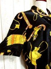 画像4: ☆ スカーフ柄が素敵!!☆馬柄・アンティークチェーン&タッセル柄♪80's大人ブラウス ☆ (4)