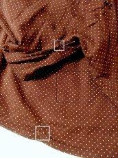 画像5: ヨーロッパ古着 大人ドットガーリー♪肩リボン結び。綺麗なシルエットラインのヴィンテージワンピース 前開きOK★ブラウン×ホワイト (5)