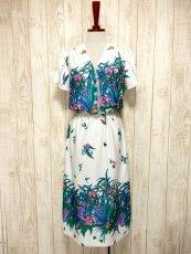 画像2: USA古着 はなやかボタニカルプリント柄&めずらしいデザイン♪綺麗なカラーリング配色☆シルエットライン 大人ヴィンテージワンピース (2)