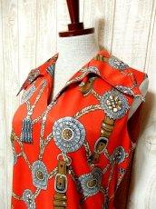 画像3: ヨーロッパ古着 スカーフ柄×レトロアンティークなタッセル柄♪1着でばっちり!!華やか&お洒落に決まる!!ハイセンスな70's大人ヴィンテージドレス (3)