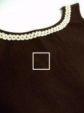 画像4: シックなブラウンカラー地に素晴らしいお花刺繍がぷっくり浮かび上がる 大人クラシカル ディアンドル チロルワンピース ドイツ民族衣装 舞台 演奏会 フォークダンス オクトーバーフェスト 【3607】 (4)