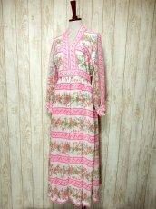 画像2: ヨーロッパヴィンテージ ピンク×アンティークフラワー柄♪乙女ガーリーアンティークドレス (2)