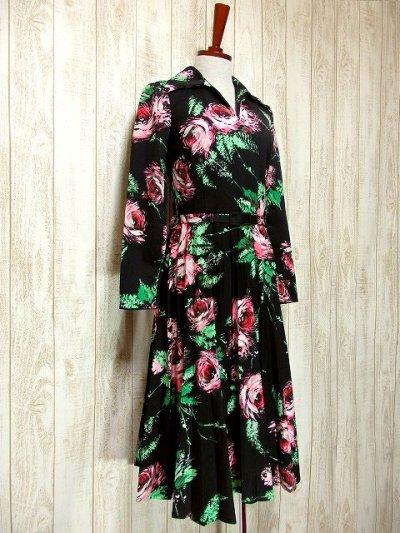 画像1: ヨーロッパ古着 大人可愛い逸品!!ピンク×グリーンアンティークフラワーがキュート♪ヴィンテージドレス ベルトSET