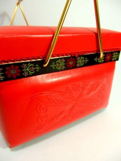 画像3: ☆ お花刺繍のチロリアンテープ装飾♪1960年代sewing boxソーイングバスケット 裁縫・HandMade好きな方にもおすすめ ☆