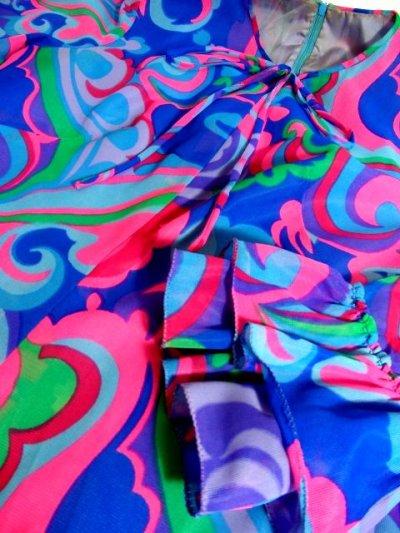 画像3: ヨーロッパ古着 レトロPOPサイケ柄プリント〜カラーリングが最高★袖先は2重フレア袖〜♪華やかレトロサイケ 70's大人ヴィンテージドレス 衣装にもおすすめ