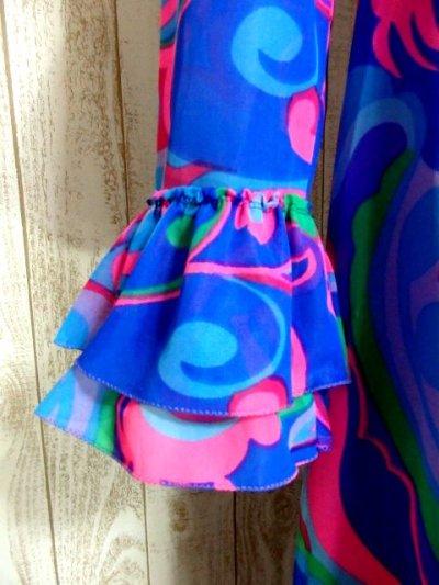 画像2: ヨーロッパ古着 レトロPOPサイケ柄プリント〜カラーリングが最高★袖先は2重フレア袖〜♪華やかレトロサイケ 70's大人ヴィンテージドレス 衣装にもおすすめ
