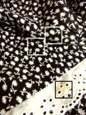 画像6: ☆ ヨーロッパ古着 モノクロ×小花柄♪2段ホワイトコットンレース装飾☆レトロガーリーヴィンテージスカート ☆ (6)