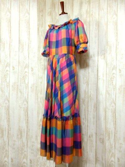 画像1: ヨーロッパ古着 チェック柄×フリルの組み合わせが可愛い♪ふんわり後ろ姿もGood〜★レトロガーリーなヨーロピアンヴィンテージドレス