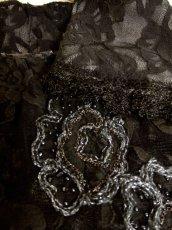 画像9: ヨーロッパ古着 エレガントな総花柄レースデザイン!!さらりと着てお洒落に決まる★クラシカルな ヨーロピアン総レースヴィンテージTOPS (9)