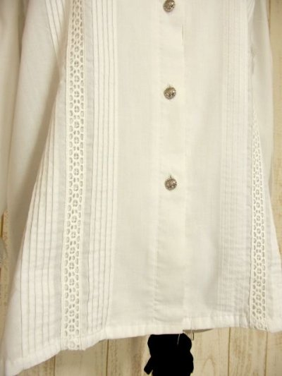 画像2: スタンドカラー アンティークレース装飾 ホワイト ディアンドル チロルブラウス ドイツ民族衣装 舞台 演奏会 フォークダンス オクトーバーフェスト 【4478】
