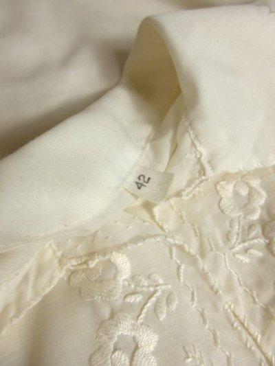 画像3: お花刺繍が素敵 ふんわりパフスリーブ 大人可愛い ヨーロッパ古着 半袖ヴィンテージスモックブラウス【4479】