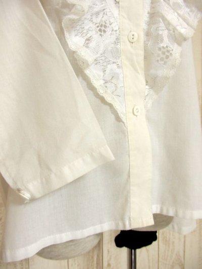 画像2: フリル 贅沢レース使い 袖サイドのレース装飾 ヨーロッパ古着 ヴィンテージホワイトブラウス【4578】