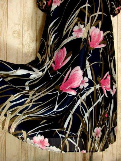 画像2: ヨーロッパ古着 大人可愛いアンティークフラワー♪サイド・後ろ姿まで素晴らし〜い!!大人レトロアンティークスタイル 華やか&お洒落なヴィンテージドレス ブローチSET