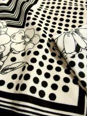 画像6: ☆  モノクロガーリーDot×ジグザグ柄×フラワー柄が可愛い♪ 70's ヴィンテージスカート ブラック×ホワイト ☆ (6)