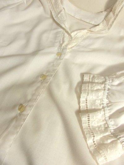 画像3: お花刺繍 レース装飾 ホワイト ディアンドル チロルブラウス ドイツ民族衣装 舞台 演奏会 フォークダンス オクトーバーフェスト 【4892】