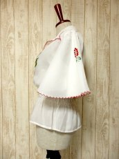 画像7: ぷっくりお花刺繍 ボリュームあるフレアー袖も素晴らしい ウエストキュッと ふんわりガーリー ヴィンテージ刺繍ブラウス【5038】 (7)
