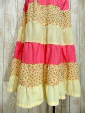 画像6: ☆ ヨーロッパ古着 小花柄切り替えパターン♪ガーリーなカラーリングにうっとり♪★ふんわりヴィンテージスカート イエロー×ピンク ☆ (6)