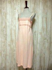 画像2: ヨーロッパ古着 ワンピースにはもちろん♪重ね着にも便利で可愛い!!ヨーロッパスリップドレスワンピース Pink (2)