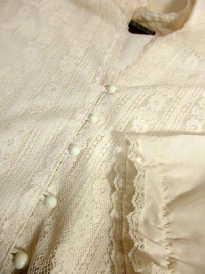 画像3: 贅沢なアンティークフラワーレース装飾 ふんわりボリューム袖デザイン ヨーロッパ古着 主役級ホワイトヴィンテージブラウス【5082】