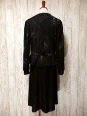 画像5: イギリス製 花柄 ウエストフリル切り替えし ブラック 長袖 レトロ 上品 ヨーロッパ古着 ヴィンテージドレス 【5181】 (5)