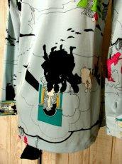 画像7: ☆ 70'sヴィンテージならではのデザイン×カラーリング♪ お城×人物×木々プリント!! レトロヴィンテージブラウス ☆  (7)