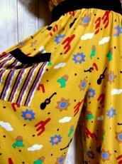 画像9: ヨーロッパ古着 レトロポップデザイン!! ストライプ×レトロプリント♪ 一着で個性的!! ヴィンテージオールインワン (9)
