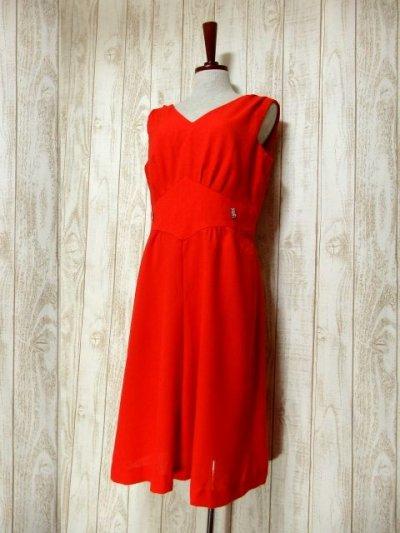画像1: ヨーロッパ古着 ハッと目を引くレッドカラー×キラリと光るビジュー装飾がアクセント!! 大人ヨーロピアンヴィンテージドレス