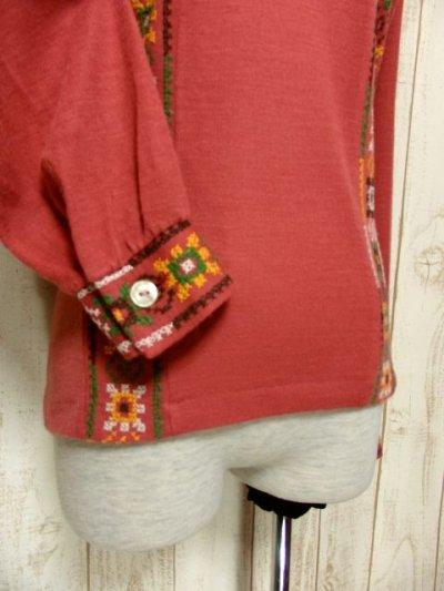 画像2: フォークロア刺繍装飾 綺麗なシルエットライン USA古着 長袖 シャツ ヴィンテージトップス【5528】