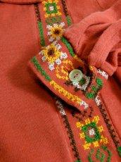 画像10: フォークロア刺繍装飾 綺麗なシルエットライン USA古着 長袖 シャツ ヴィンテージトップス【5528】 (10)